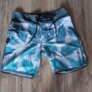 RlPCURL swim trunks